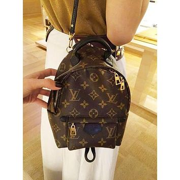Louis Vuitton LV Hot Sale Woman Men Leather Travel Bookbag Shoulder Bag Backpack