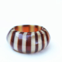 Vintage Brown and White Lucite Ring