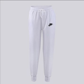 2018 Autumn Brand Gyms Men Joggers Sweatpants Men Brand letter Print Joggers Trousers Sporting Clothing The high quality Bodybuilding Pants