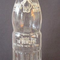 "HIPPO SIZE Soda Water ""A Real Texas Size Drink"" Vintage Collectible Soda Bottle - 16 oz."