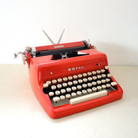 Typewriter Red Royal Quiet De Luxe from the 1950s Great Working Manual Typewriter