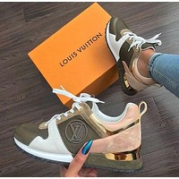 LV Louis Vuitton classic leather stitching shoes fashion men and women casual sneakers 1