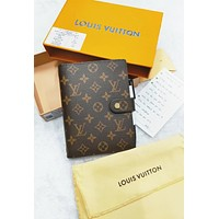 LV Louis Vuitton Hot Sale Women Men Retro Notebook Portable Hand Book