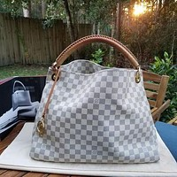 Louis Vuitton LV Hot Sale Tote Bag Fashion Lady Bucket Bag Shoulder Bag