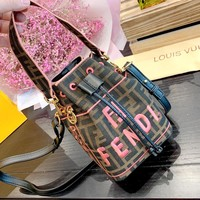 Fendi new retro letter embroidery canvas drawstring mini bucket bag shoulder bag