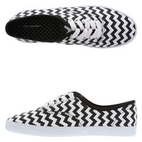 Women's Canvas Bal Sneaker Black and White #spring #trend
