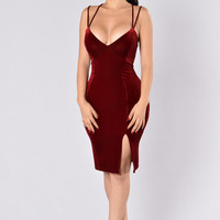 Heartbreak Hotel Dress - Wine