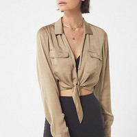 UO Logan Tie-Front Button-Down Top | Urban Outfitters