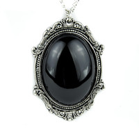 Gothic Victorian Black Stone Vampire Necklace