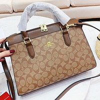 Samplefine2 COACH Fashion New Pattern Leather Shopping Leisure Shoulder Bag Women Crossbody Bag Handbag
