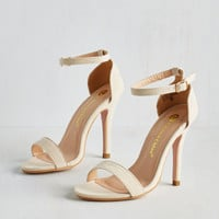 Minimal Girl's Night Game Plan Heel in Vanilla