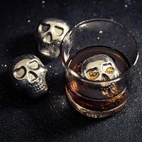 4 Skull Whiskey Ice Cubes
