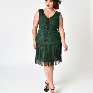 Unique Vintage Plus Size 1920s Emerald & Black Beaded Aelita Flapper Dress