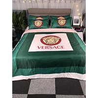 VERSACE New Luxury Designer Blanket Quilt coverlet 2 Pillows Shams 4 PC Bedding Set