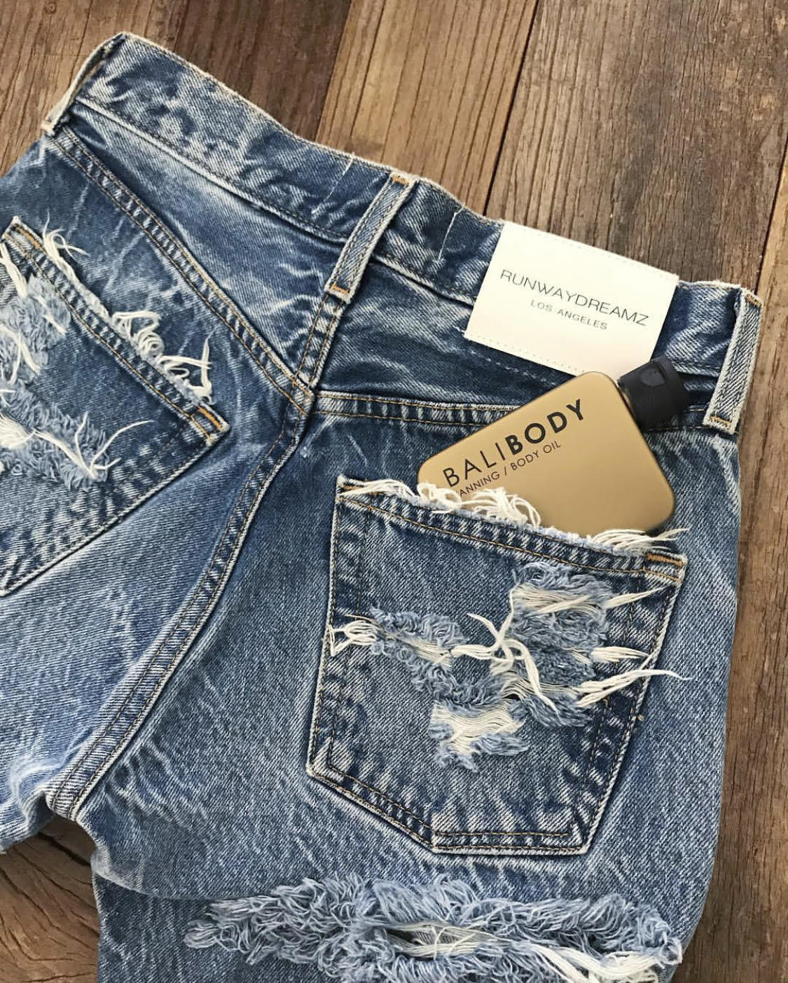 Image of High Waisted Butt Cheek Vintage Blogger Jeans