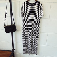 Black and White Striped Short Sleeve Long Back Tunic Maxi Dress