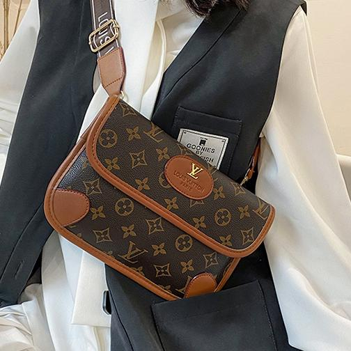Image of Louis Vuitton LV new waist bag classic letter printing stitching pattern fashion lady street style one-shoulder messenger bag