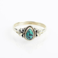 Dainty Turquoise Ring Sz 7.5 Native American Sterling Silver boho ring Mohave Sterling Navajo Ring Zuni Southwest Indian Silver Ring Jewelry