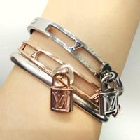 LV Louis Vuitton New Fashion Classic Lock Hollow Stainless Steel Bracelet Jewelry Rose Golden I-HLYS-SP