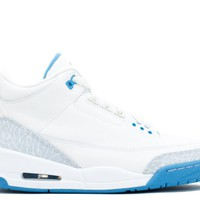 WOMENS AIR JORDAN 3 RETRO BASKETBALL SNEAKER