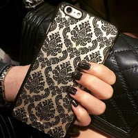 Fashion womens Retro Lace Flowers mobile phone case for iphone X 7 8 7plus 8plus 5 5s SE 6 6s 6plus 6s plus + Nice gift   box!