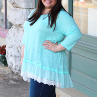 Ruffled Lace Knit Top in Sky {Curvy}