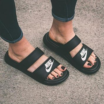 NIKE men's and women's casual fashion solid color flat slippers sandals shoes