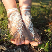 Free Ship bridal bangle, ivory silver embrodeired flowers, beach wedding barefoot sandals, wedding bangles, anklets, bridal, wedding