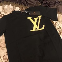 LV 2019 new tide brand chest LOGO men and women models round neck pullover shirt T-shirt black