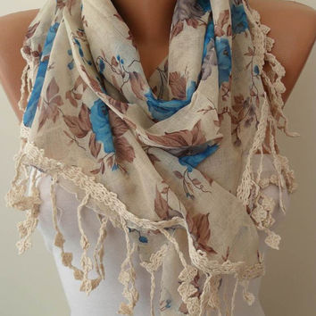 Blue and Beige Scarf with Trim Edge.........