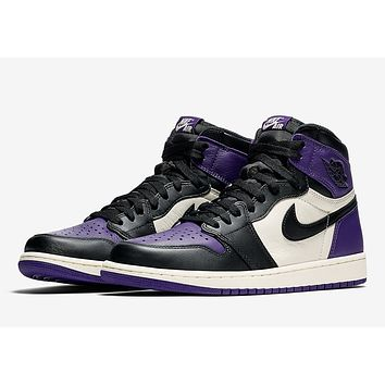 Air Jordan 1 Retro High - Court Purple