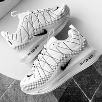 NIKE MAX-720-818 Shoe Man Sports Sneakers White With Small Black hook