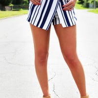 Stripe To Your Navy Shorts