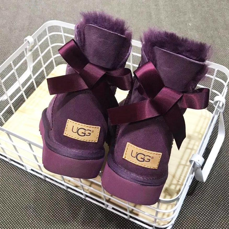 Image of UGG popular casual men and women with velvet bow top UGG boots
