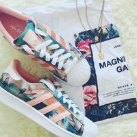 Floral And Coral Adidas Original Sneakers #982