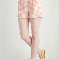 Vintage Inspired Short Length I Think, Therefore I Gingham Shorts in Pink