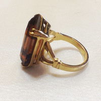 Beautiful Vintage Avon Amber Topaz Ring, Goldtone with Emerald Cut Glass Stone,Timeless Statement Piece, Size 71/2