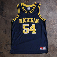 Robert 'Tractor' Taylor University of Michigan Wolverines Nike Basketball Jersey Navy (Size 44 / Large)