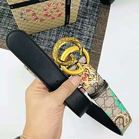 GUCCI  new trend wild men and women models tiger print smooth buckle belt