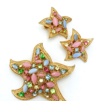 Signed ART Starfish Demi, Brooch and Earring Set, Pastel Art Glass Cabochons and Rhinestones, Textured Gold Tone Metal, Designer Signed