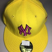 NEW YORK YANKEES MLB RETRO  NEW ERA 5950 YELLOW HAT PINK NY FITTED HAT