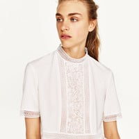 CONTRAST LACE TOP
