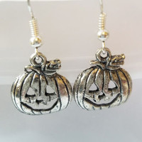 jacko lantern pumpkin earrings halloween tibetan silver antique style jewelry