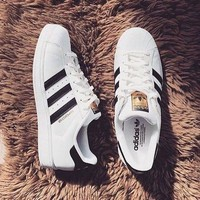 simpleclothesv £ºAdidas Women Casual Running Sport Shoes Sneakers