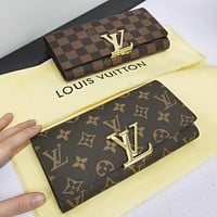 LV Louis Vuitton Trending Stylish Leather Buckle Wallet Purse