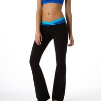 Aerie Slim Gym Yoga Flare Crossover Pant | Aerie for American Eagle