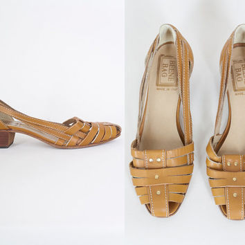 SALE Vintage 70s Shoes / 1970s Geoffrey Beene Bag Tan Leather Cage Flats 6.5