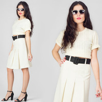 60s Cream Pleated Skirt / A Line High Waist Midi Skirt / Plain Minimalist Mod Small S Skirt