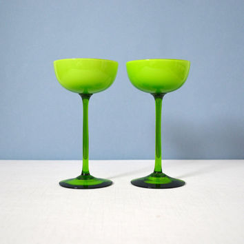 Set of 2 Vintage Carlo Moretti Cased Glass Cocktail Glasses - Green and White