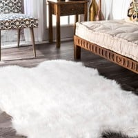 nuLOOM Tianna Faux Sheepskin Quarto Shaggy Area Rug